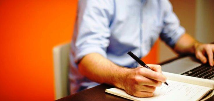 転職するとき、なぜ就労資格証明書をとったほうがいいか
