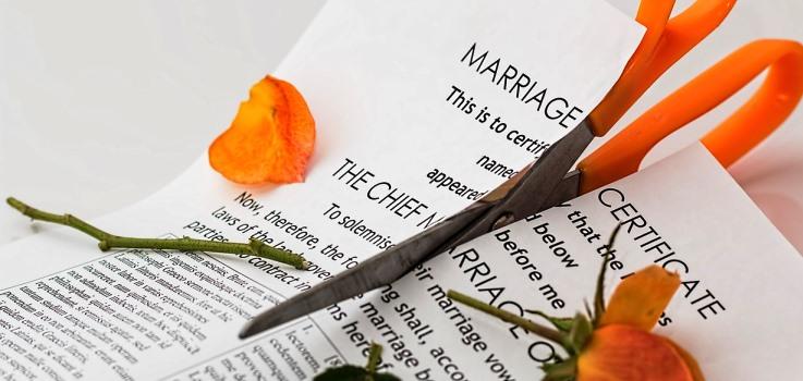 離婚後も日本に住むためには在留資格変更の申請を