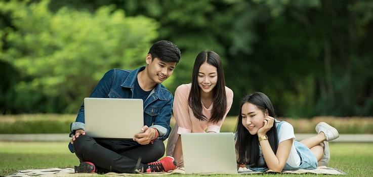 学生ビザ、留学ビザの手続きについて